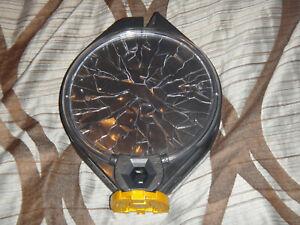Skylander mobile trap set portal w/ controller gold & black