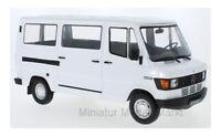 #180291 - KK-Scale Mercedes 208D Bus - weiss - 1:18