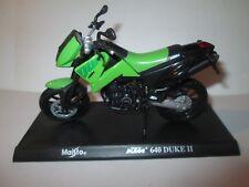 KTM 640 DUKE 11  MEGA BIKES 1-18 SCALE MAISTO MOTORCYCLE MODEL ON STAND
