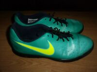 Nike Magista Ola II  Green & Yellow mens or boys astro turf trainers size 5