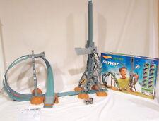 Mattel Hotwheels Skyway Rev-Ups Stunt Track Set Includes Magna Trax Car- NEW