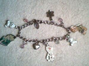 Disney Store Anna Elsa Olaf Frozen heart snowflake Charm bracelet for girls