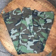 Nike Camo Skateboarding Pants Cargo SB Flex Green Brown 885863-222 Mens Size 36