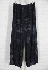 COMFY USA Pandora Ankle Pants Tissue Crinkle French Newsprint Black Grey NWT M