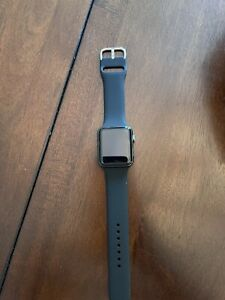 Apple Watch Series 3 42mm Black Sport Band - Space Gray