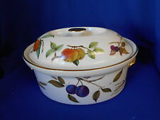 Royal Worcester Fine Porcelain Oven ware EVESHAM 1961 White Fruit