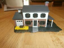 UNKNOWN MAKE N-SCALE  HOUSE