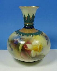 "Royal Worcester Porcelain Hand Painted Daffodils 4"" Vase c.1908"