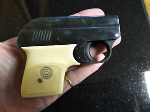 Small Starter gun.  Model 6 Patent Germany  Nice tested working condition !