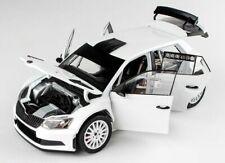 SKODA Fabia III R5 Rallye Testcar weiss white RAR Plainbody Version Abrex 1:18