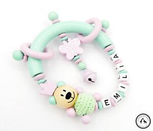 ♥ Greifling/Greifring mit Namen ★ Häkelbär/Krone/Schmetterling in mint/rosa ♥