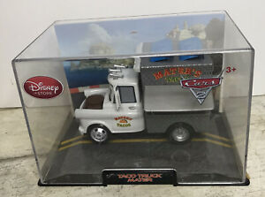 Disney Store Cars 2 Taco Truck Mater Diecast 1:43 Scale Collector's Case READ