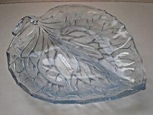 """VINTAGE BAGLEY BLUE LEAF DISH BOWL - 9""""  [16]"""
