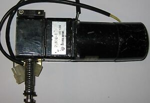 Oriental Motor 2RK6GK with 2LB25-1 Linear Gearhead and Speed Sensor - 100 V