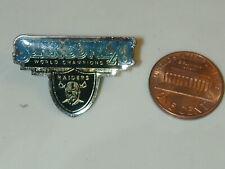 Oakland Raiders Super Bowl XI pin NFL football