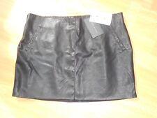 Neuve Jupe courte mini zara simili cuir noir taille L 42/44