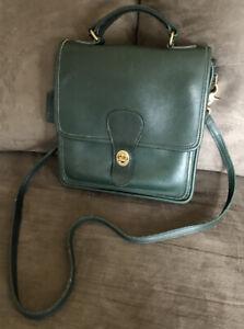 Vintage COACH 5130 Station Willis Green Leather Crossbody Shoulder Bag Purse