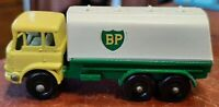 Matchbox Lesney BP Tanker No. 25 Die Cast Truck Yellow/White excellent shape