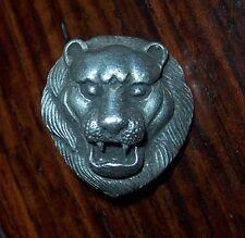 The lion button of the ancient relic pure silver