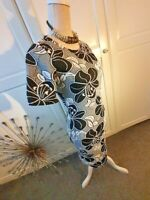 LADIES SMART DRSS IN SIZE 8 BLACK/WHITE FLORAL .. SMART /CASUAL WEAR