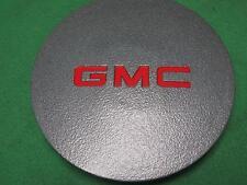 "15661032 GM RIM WHEEL CENTER CAP TRIM 1994 GMC SONOMA PICKUP GRAY RED ""G M C"""