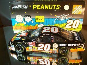 Tony Stewart #20 Home Depot Peanuts Charlie Brown Halloween Pumpkin 2002 Pontiac