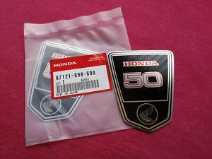 2 original Aufkleber Emblem Sticker Rahmen Honda Dax ST 50 6 Volt