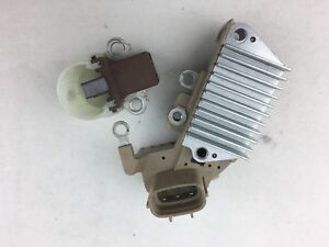 Alternator Voltage Regulator Toyota HiAce HiLux LN111 LN167R  LN172 5L DIesel