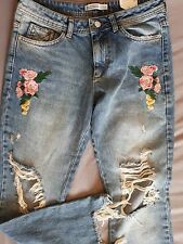 Zara flower embroidered jeans with rips, size 38/10uk