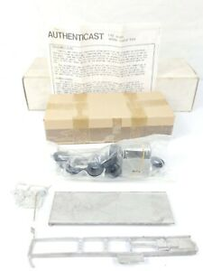 Vintage Authenticast ERF Model Truck Kit 1/48 White Metal NEW / UNASSEMBLED USA