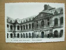 VINTAGE POSTCARD FRANCE - HOTEL DES INVALIDES - COUR D'HONNEUR