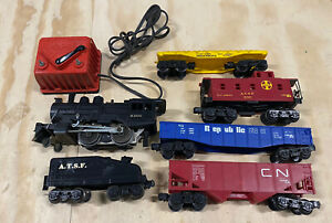 UN-TESTED! Lionel 8300 Steam Engine O Gauge and Other Rail Cars UN-TESTED!