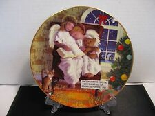 Avon 1997 Heavenly Dreams 22K Gold Trimmed Collectible Plate