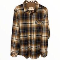 Legendary Whitetails Men's Flannel Plaid Long Sleeve Button Down Shirt Sz Medium
