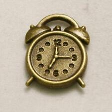 Perle en métal breloque forme de réveil ancien 15x15mm couleur vieil or