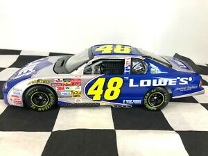 RCCA ELITE 1:24 Jimmie Johnson #48 Lowe's 2002 Chevrolet Monte Carlo #474 of 900