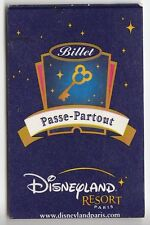 DISNEY PARIS PASS CARTE / CARD .. BILLET PASSE PARTOUT ADULTE 1 JOUR 08/2008