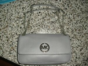 NWOT MICHAEL KORS LOGO GRAY LEATHER CHAIN STRAP MEDIUM SHOULDER PURSE