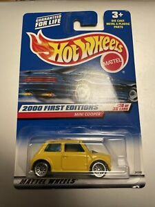 Hot Wheels Mini Cooper First Editions 2000 Diecast Model - New and Sealed Rare
