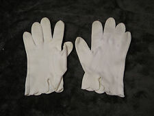 Vintage Wear Right White Cotton ladies Gloves Made in Western Germany Size 6 1/2