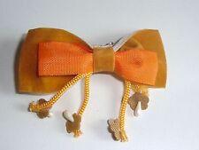 Broche en Tissu NOEUD PAPILLON Brun et Orange neuve