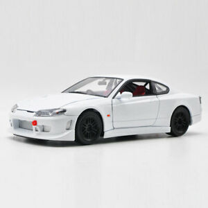 1:24 Vintage Nissan Silvia S-15 1999 Model Car Diecast Vehicle Toy Gift White