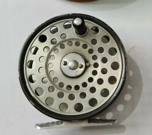 A VINTAGE HARDY BROTHERS 1950S LRH LIGHTWEIGHT FLY REEL RARE 4 PILLAR EXAMPLE