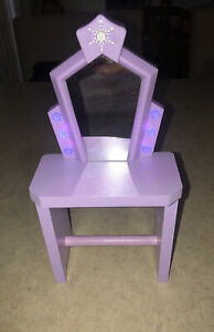 KidKraft Disney Frozen Ice Castle Wooden Dollhouse Furniture Light Up vanity
