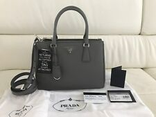 6725ef85b0 Style  Crossbody. BNWT PRADA Galleria Saffiano Lux Tote Leather Hand Bag in  Marmo - 100% Authentic