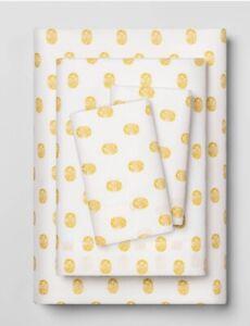 Opalhouse Easy Care Sheet Set XL Twin White Yellow Sun Dot