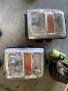 08-10 FORD F250SD SUPER DUTY DRIVER LEFT HEADLIGHT COMPOSITE OEM