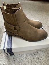 NWT Roxy Women's Ankle Booties Size 8.5