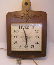GE Wall Clock Kitchen 2146 Wood Grain Plastic Works Mid Century Vintage