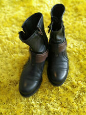 Buffalo Boots Damen Stiefelette Leder mit Nieten Gr. 36